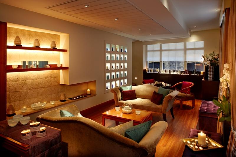 Elemis mayfair beauty salon mens skin iq facial for Best hair salon london