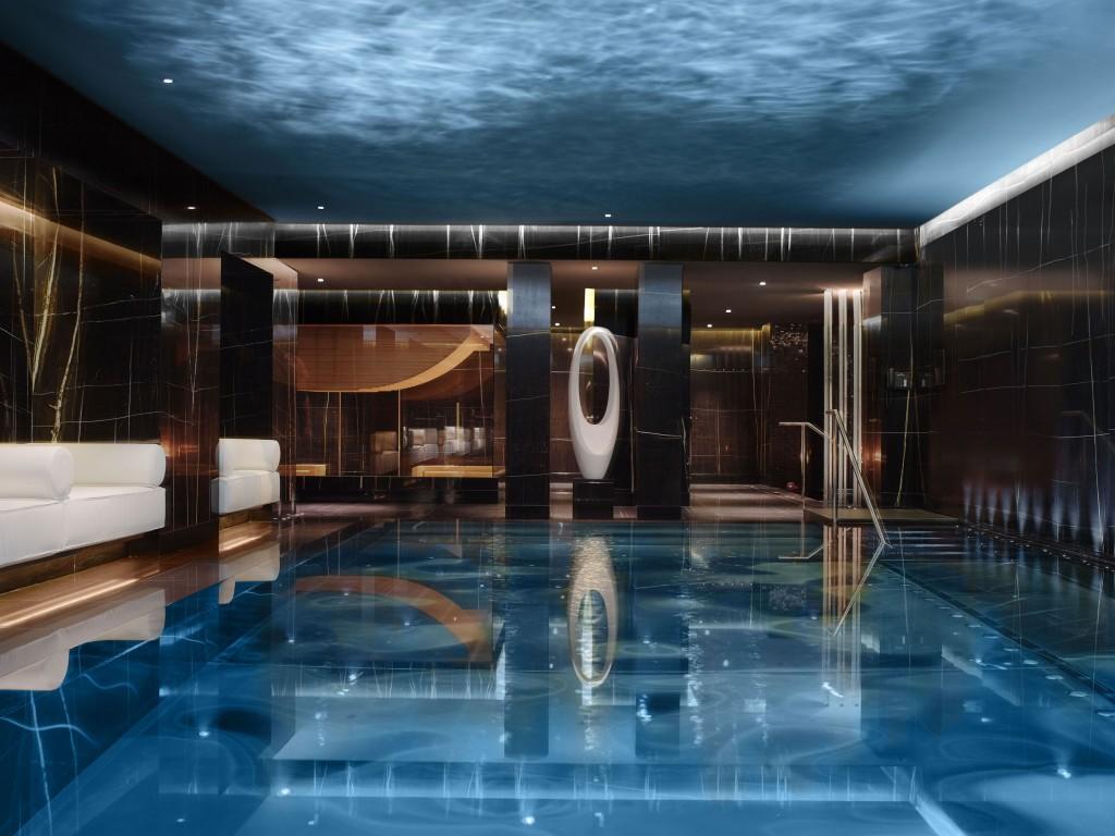 Luxury grooming: Espa Life at the Corinthia: Pool