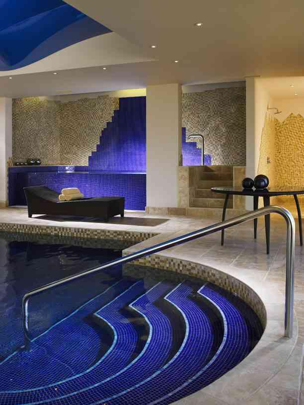 Grayshot Spa Surrey - Swimming Pool