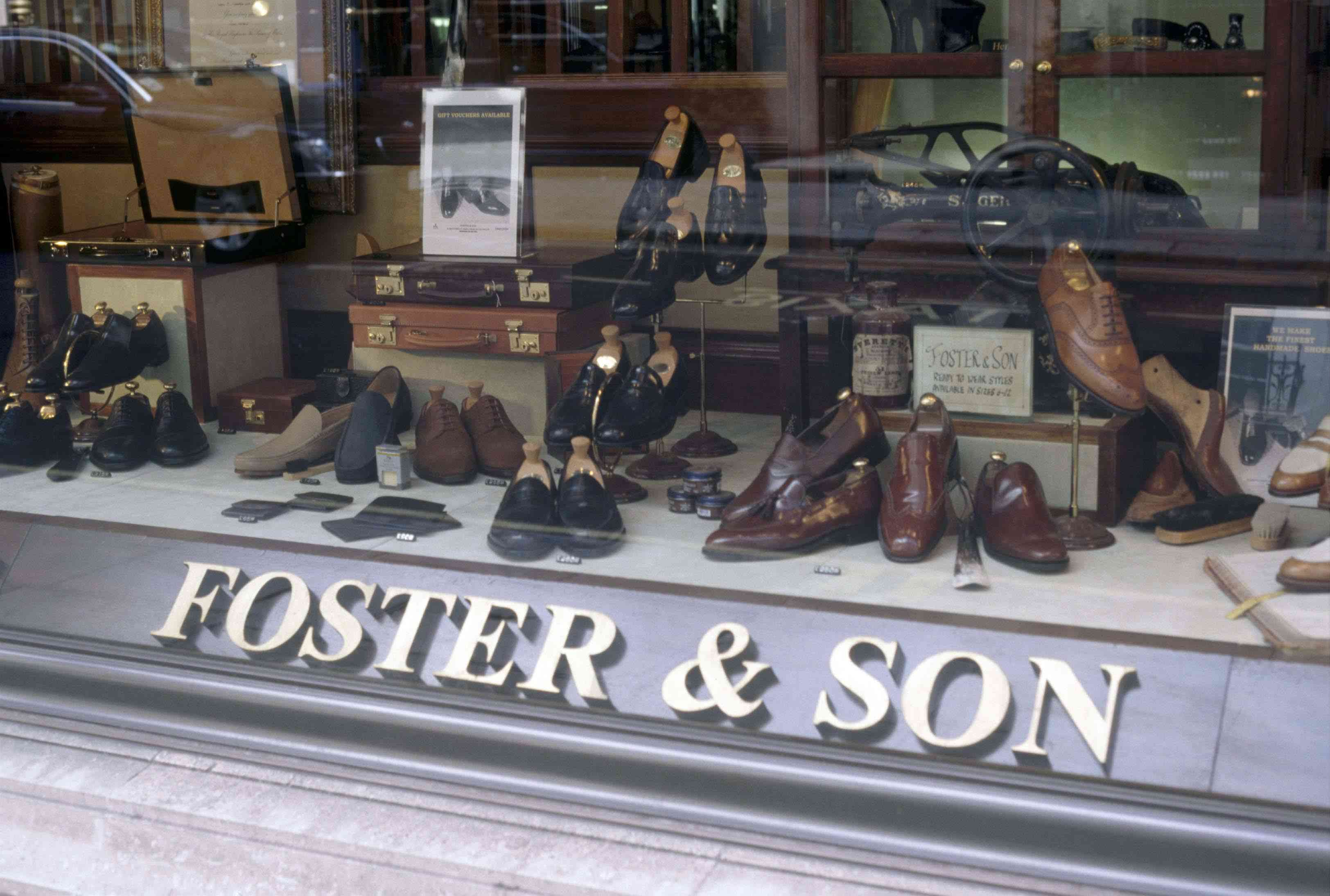 Foster & Son - Gentlemans Shoes - www.gentlemansbutler.com