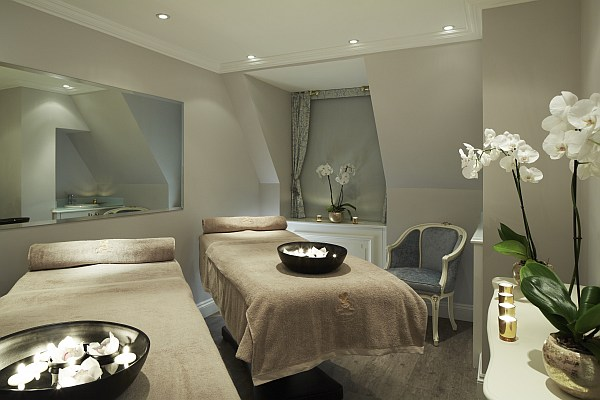 The Ritz Salon - Double treatment room