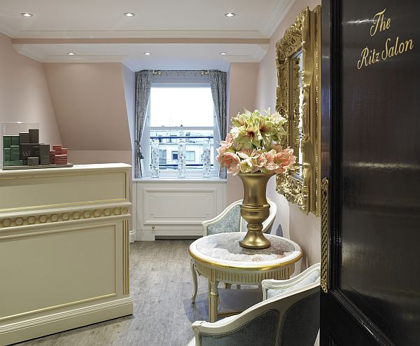The Ritz Salon - entrance