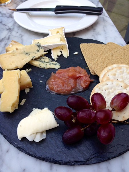 The Pilot Pub Greenwich - Cheeses