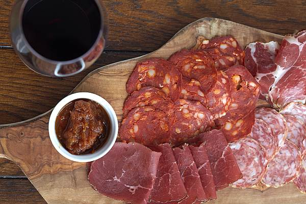 Rosewood London, Holborn Dining Room - British Charcuterie Board Air Dried Beef with Chorizo and Spicy Tomato Chutney