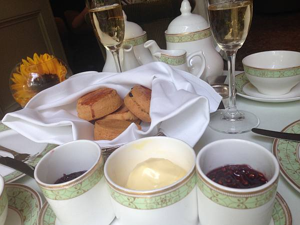 Grosvenor House Hotel, Park Lane.afternoon tea, scones, champagne...