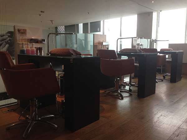 Urban Retreat Manicure Stations provide luxury nail treatments to ladies and gentlemen from across the world whilst in London