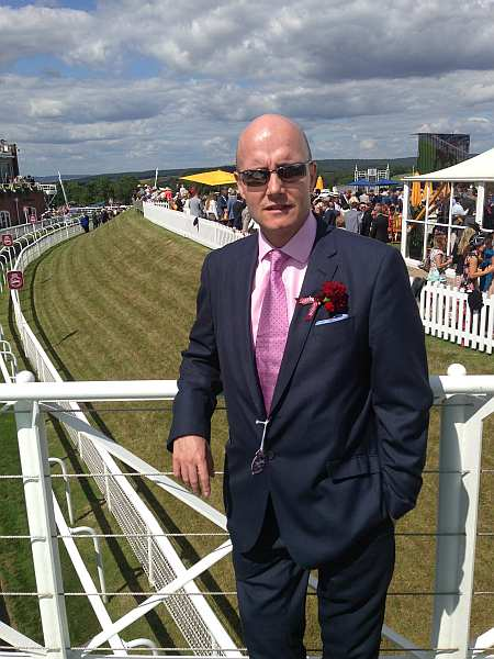 Qatar Goodwood Festival: English Social Season Glorious Goodwood - Gentlemans Butler