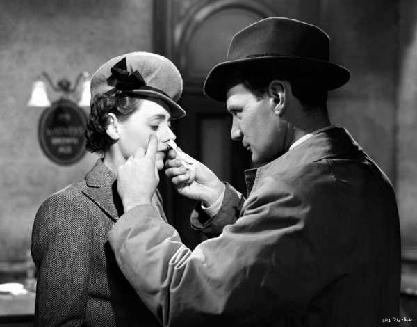 Brief Encounter with Trevor Howard & Celia Celia Johnson..ITV studios 70th anniversary reissue