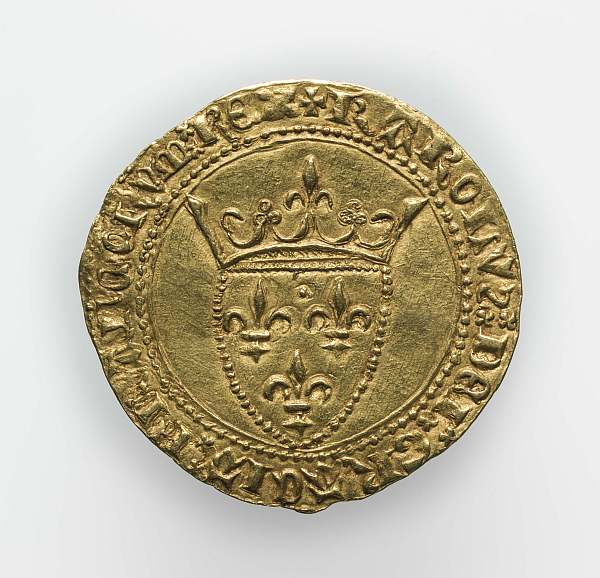 The Battle of Agincourt 600th Anniversary Exhibition - Gold Ecu à la couronne, issued 1385 - 1417 during the reign of Charles VI. credit Fitzwilliam Museum, Cambridge.15.DI 2015-1259