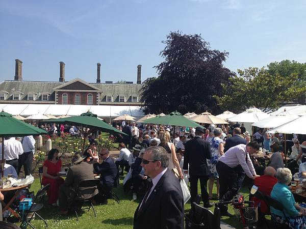The Royal Chelsea Hospital - Beer Garden