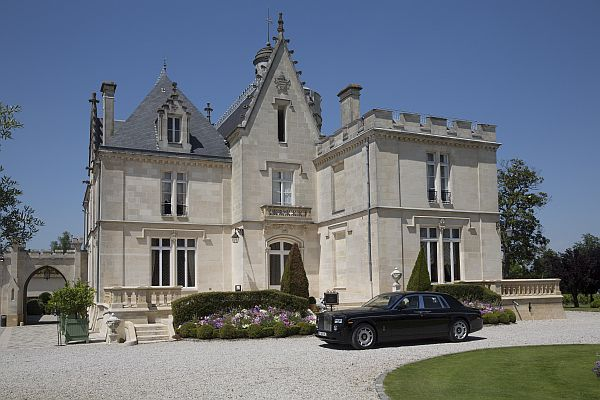 La Belle France - Magrez Luxury Wine Experience - Chateau Pape Clement