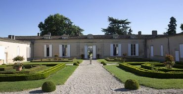 La-Belle-France-Magrez-Luxury-Wine-Experience-Fombrauge