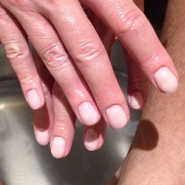 Nails-Brows-Luxury-Mayfair-Grooming-Perfect-Manicure