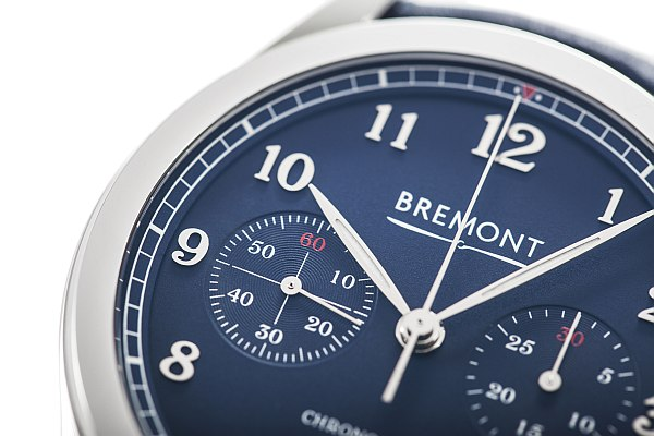 Bremont luxe deluxe watch for gentlemen- Bremont Exclusive, close-up of face