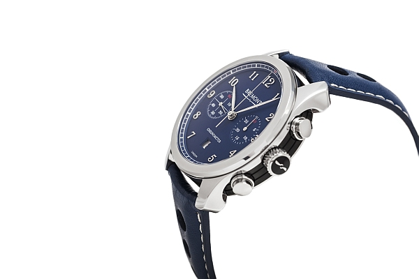 Bremont luxe deluxe watch for gentlemen- Bremont Exclusive, product sideview