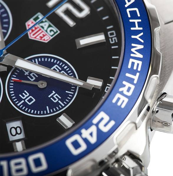 Gentlemans limited edition luxury Tag Heuer watch Formula 1 - watchface