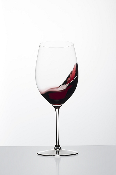 Luxury wines require some Riedel luxury glasses Veritas Bewegung weiss