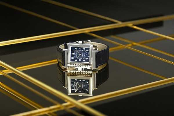 The Watch Gallery & Jaeger-LeCoultre limited edition Grande Reverso - Exclusive_Shapes