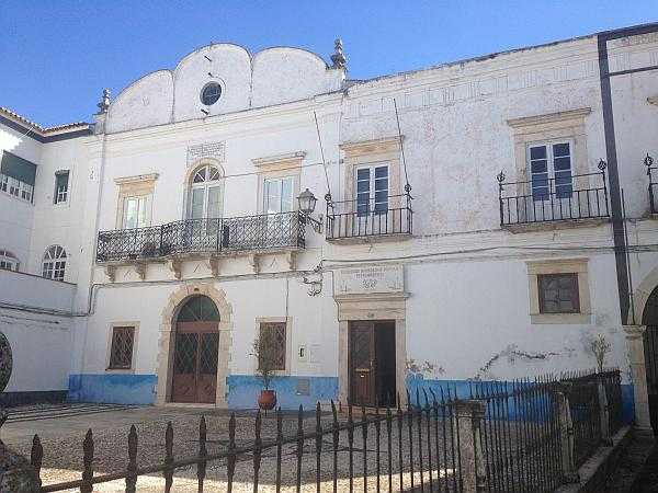 Travel to Portugal's Alentejo to experience rugged luxury - Old buildings in Estremoz