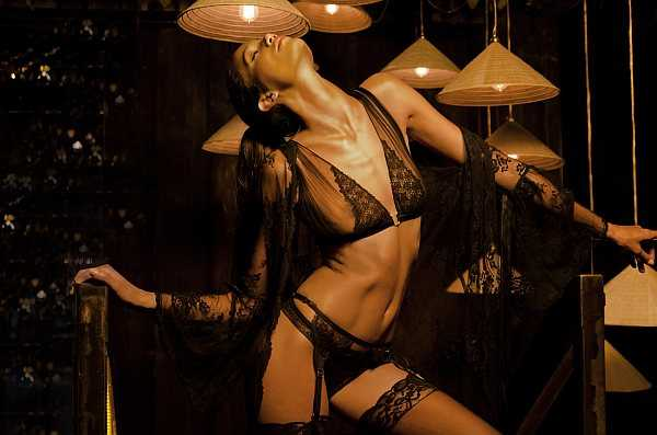 Sonata Rapalyte luxurious and elegant lingerie that inspires romanticism - Diva Queen