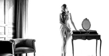 Sonata Rapalyte luxurious and elegant lingerie that inspires romanticism - Romantic escapism