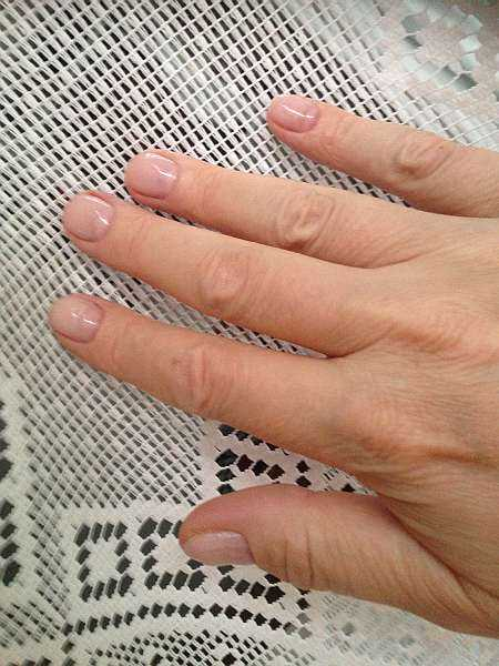 Mayfair beautician offering pure elegance - Gentlemans luxury manicure with pail pink nail varnish