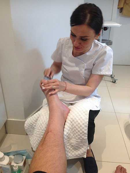 Mayfair beautician offering pure elegance - Alicia Janiec pedicure filing