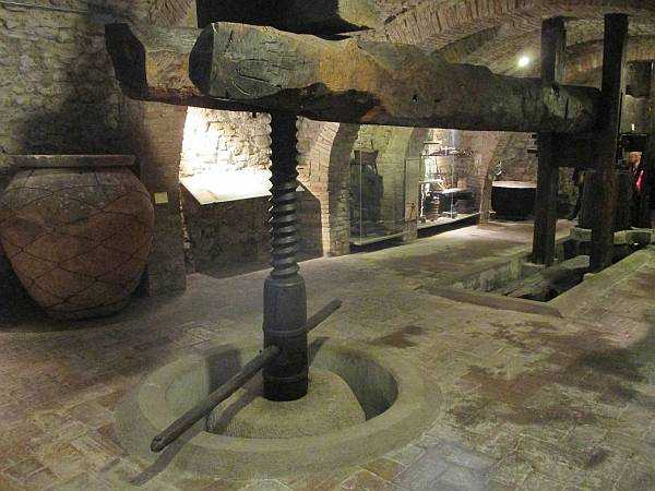 My beautiful love affair with Umbria - Grape presses at The MUVIT Museo del Vino in Torgiano