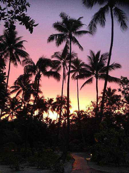 Tahiti and the love islands - Taha'a sunset skies