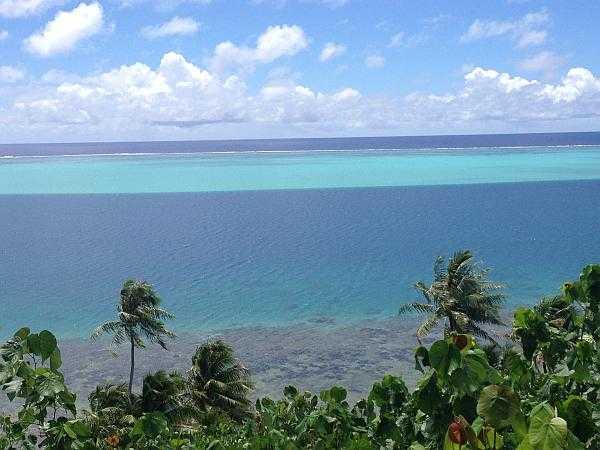 Tahiti turquoise seas