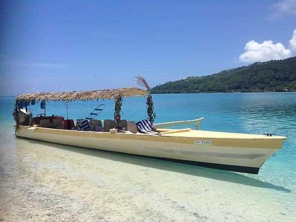Huahine local boats